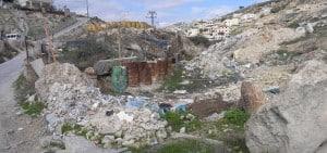 Trash in the Kidron