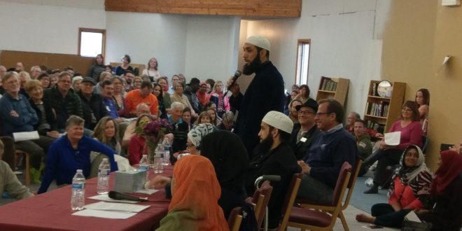 Boulder Islamic Center Holds Huge Open House